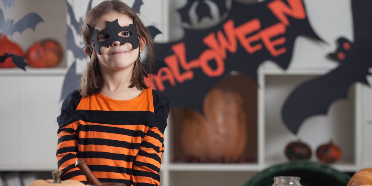 Some Good Reasons To Create Your Own Homemade Halloween Decoration