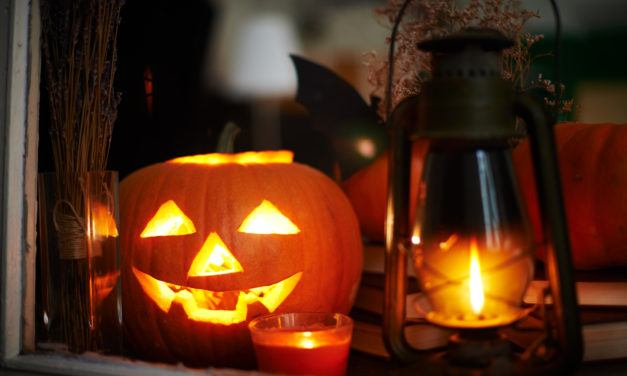Fun And Inexpensive Halloween Decorations